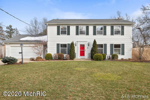 1114 Idema Drive SE, East Grand Rapids, MI 49506