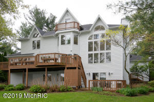 7141 Eagle Heights Drive, Mattawan, MI 49071