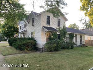 200 E Grove Street, Greenville, MI 48838