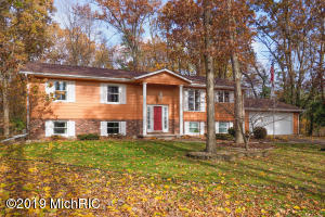9511 E ML Avenue, Kalamazoo, MI 49048