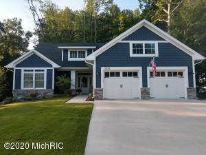 """High Efficient Furnace & AC.  Accessible Features include Zero Step Entry, all 36"""" doors and Roll In Shower!  Many Extras including All Transom Windows, Custom Built ins, Custom Blinds and Curb Appeal!  Call for your Private Showing Today!"""