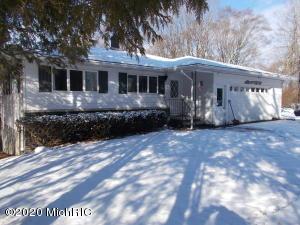 3489 W Circle Drive, Hart, MI 49420