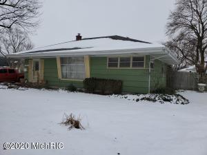 702 inner Drive, Tecumseh, MI 49286