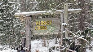 4560 Deer Cove Road, Custer, MI 49405