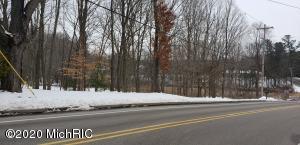 1638 Forest Park Road, Muskegon, MI 49441