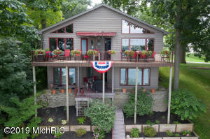 67867 Edgewater Beach Road, White Pigeon, MI 49099