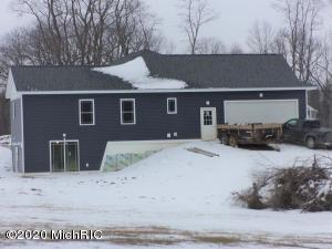 1520 Prairie Clover Drive, Jonesville, MI 49250