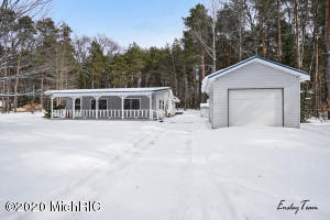 1710 Christine Road, Harrison, MI 48625