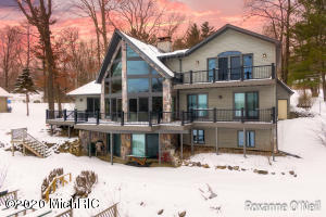 6820 Bayview Court, Lakeview, MI 48850