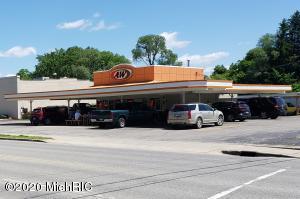 304 N State Street, Big Rapids, MI 49307