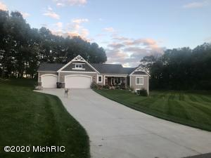 6164 Arrowhead Trail, Middleville, MI 49333