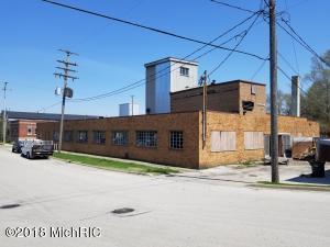 639 W Clay Avenue, Muskegon, MI 49440
