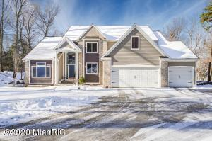 4377 Winterwood Shores, Whitehall, MI 49461