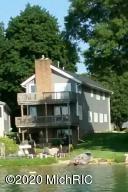 10042 Harris Drive, Portage, MI 49002