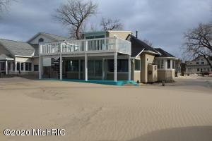 1668 Beach Street, Muskegon, MI 49441
