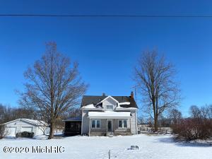 5891 N Allen Road, Allen, MI 49227