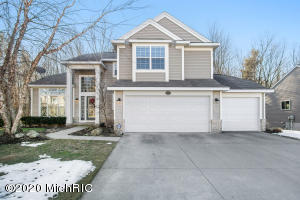 16981 Birchview Drive, Nunica, MI 49448