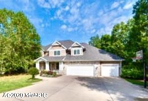 6597 Hidden Lake Circle, Richland, MI 49083