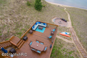 Deck, Patio and Waterfront