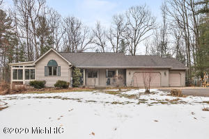 4735 forest vale Road, Pierson, MI 49339