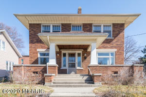 1900 Belden Avenue SW, Wyoming, MI 49509
