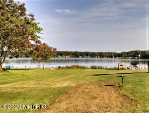 2450 West Shore Drive, Sand Lake, MI 49343