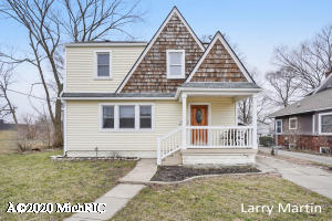 2353 Greenfield Avenue SW, Wyoming, MI 49519