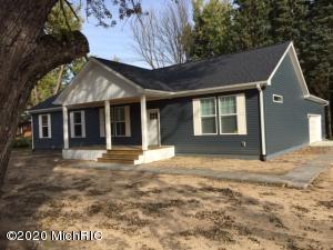 1684 Park Drive, Benton Harbor, MI 49022