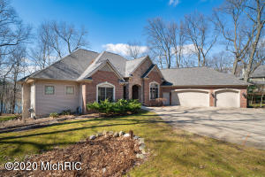 6405 East Bay Lane, Richland, MI 49083
