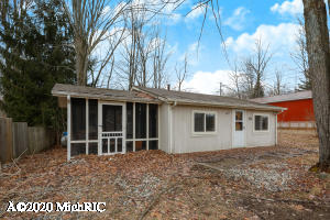 5429 Birch Haven Drive, Barryton, MI 49305
