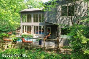 314 Sunset Trail, Michiana Shores, IN 46360