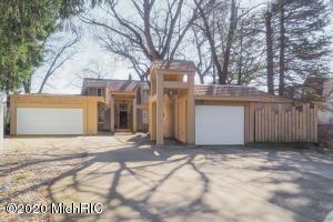 111 Sunnyside Drive, Battle Creek, MI 49015