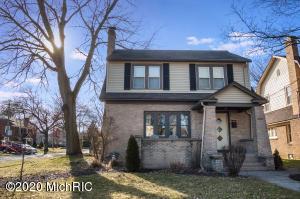 2151 Godwin Avenue SE, Grand Rapids, MI 49507