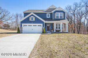 1064 Springview Court, Middleville, MI 49333