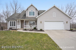 1284 Valley View Court NW, Grand Rapids, MI 49544