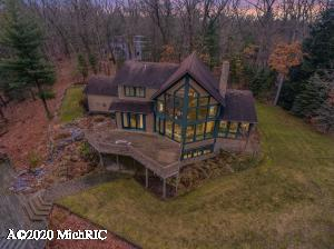 3827 Forest Trail, Allegan, MI 49010