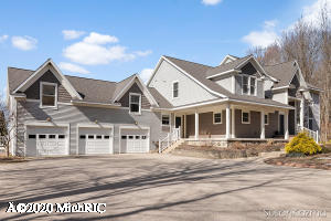 17763 148th Avenue, Spring Lake, MI 49456