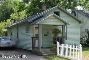This 2 bedroom home has great potential and is located in GR's hottest zip code 49505... a fantastic area to build tons of equity! Close to Riverside Park! Possession at close.* We are unable to get updated images or showings into the property until after 4/13/20.