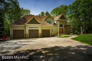 6134 Scenic Woods Circle N, Muskegon, MI 49445