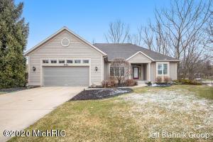 2259 Pin Oak Court NW 87, Grand Rapids, MI 49504