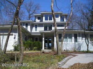 4140 Ponchartrain Drive, New Buffalo, MI 49117