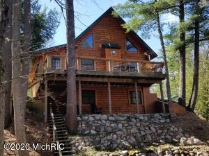9588 W River Road, Irons, MI 49644