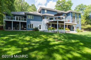 7455 Hidden Cove Place, Kalamazoo, MI 49009
