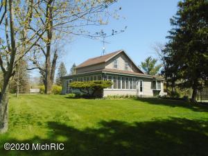 13713 Mill Road, Three Oaks, MI 49128