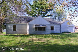 2077 142nd Avenue, Dorr, MI 49323