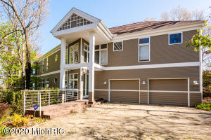 13255 Royal Dune Drive, New Buffalo, MI 49117