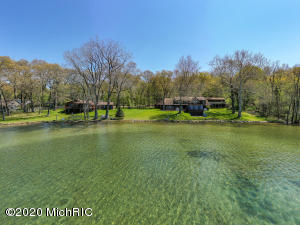 11451 Coon Hollow Road, Three Rivers, MI 49093