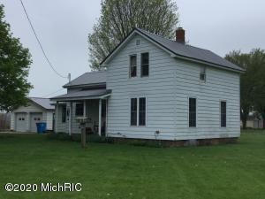 63526 Middle Colon Road, Burr Oak, MI 49030