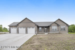 You will be amazed at the quality of this Marcusse Construction ranch home in the amazing Cedar Lake Estates development. This home has 3 beds, 2.5 baths, main floor laundry with much much more! Construction is fully completed and ready for you to move right in. Do not miss out on your opportunity to call this home yours!