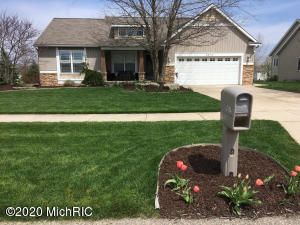 4 bedroom, 3 bath ranch in Popular Bridlewood Estates, Jamestown Township. Hudsonville Public Schools.This lovely open floor plan is warm and welcoming and move-in ready. The lower level boasts additional living space ideal for entertaining. This is a must see!